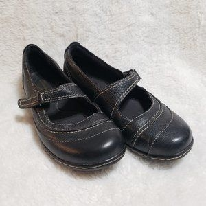 Clarks Bendables Black Leather Mary Janes sz 8.5